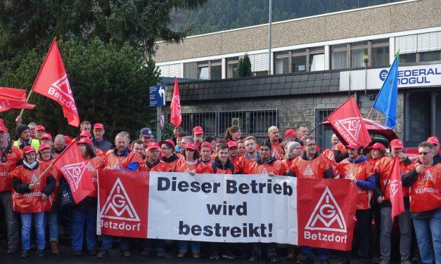 Gewerkschaften kämpfen für bessere Arbeitsbedingungen